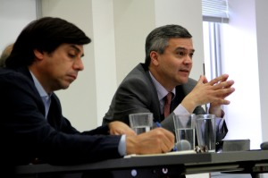 Javier Couso (right) speaks at UC Berkeley. Photo by Megan Kang.