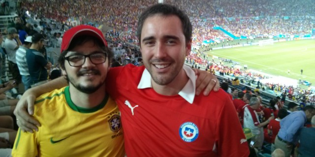 Pedro Peterson (left) with a fan of Chile's La Roja.