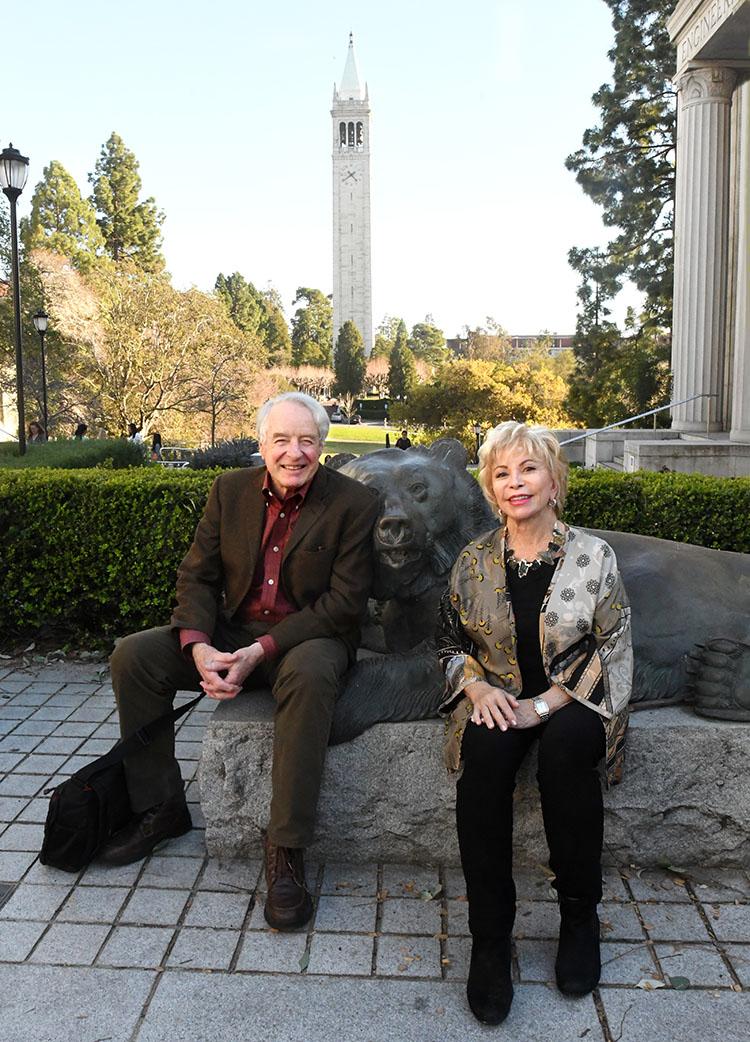 Adam Hochschild and Isabel Allende at Berkeley, February 2020. (Photo by Peg Skorpinski.)