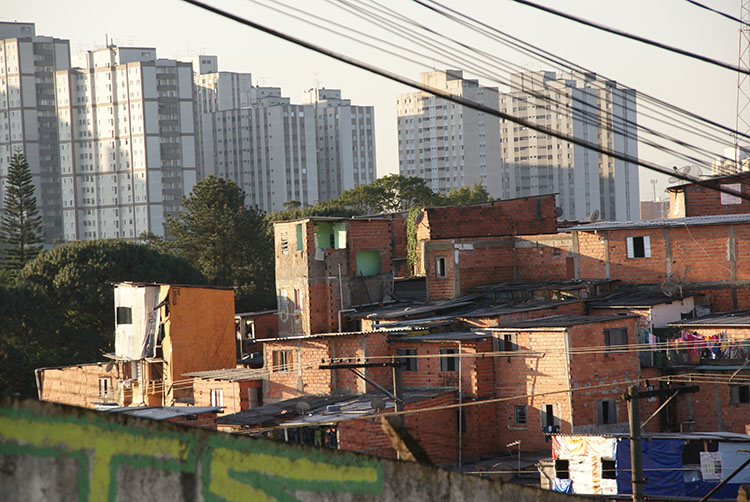 The São Remo favela in São Paulo, Brazil. (Photo by Ben Tavener.)