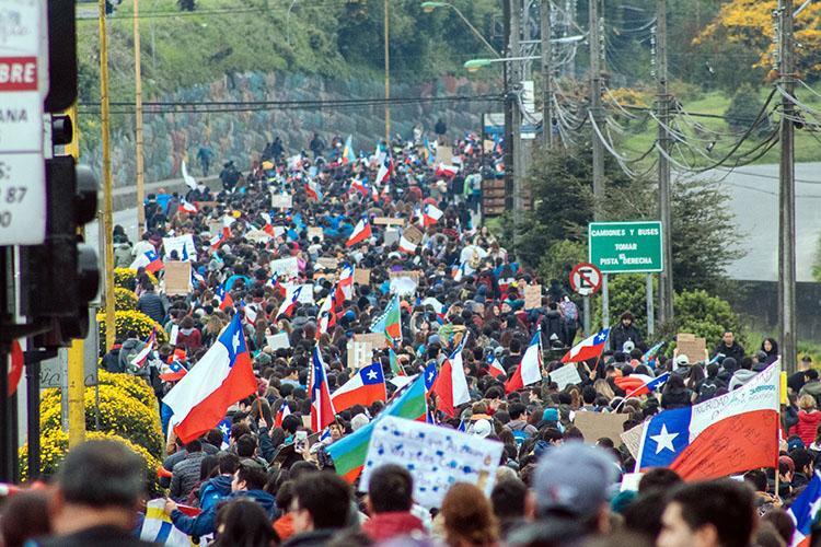 Protesta chilena en Puerto Montt, diciembre de 2019. (Foto de Natalia Reyes Escobar).