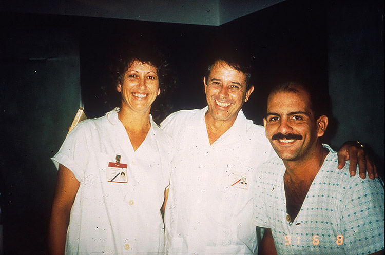 A staff member, Dr. Jorge Pérez, and a patient at Cuba's AIDS sanatorium in 1991. (Photo by Nancy Scheper-Hughes.)